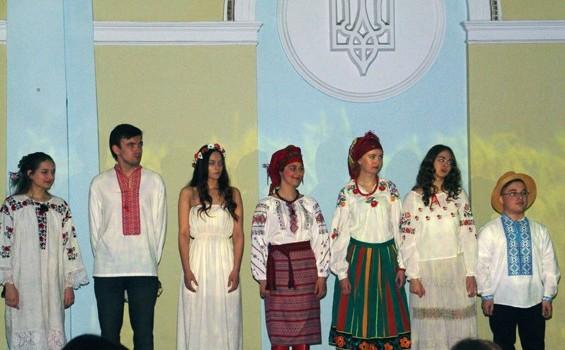 Кафедра прикладної лінгвістики презентувала школярам «Лісову пісню» англійською мовою