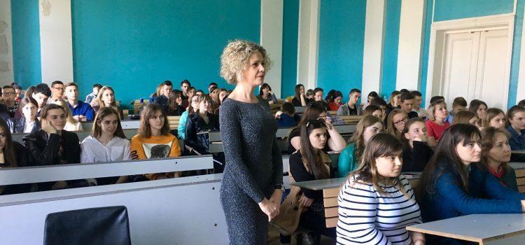 ПРИКЛАДНА ЛІНГВІСТИКА В СНУ ІМЕНІ ЛЕСІ УКРАЇНКИ – ЦЕ БРЕНД: профорієнтаційна зустріч зі школярами міста